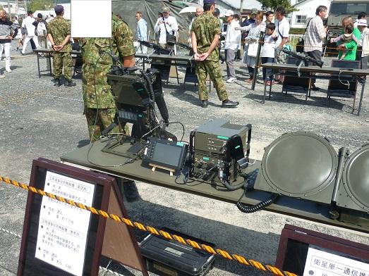 広帯域多目的無線機 (2).JPG